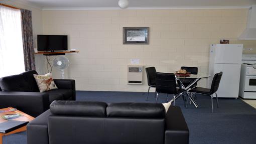 Castaway Lounge